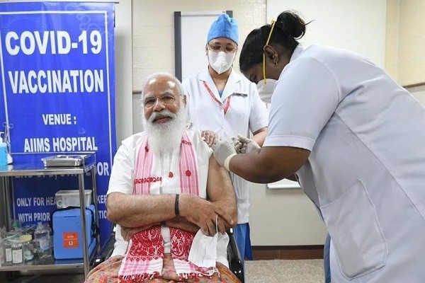 प्रधानमंत्री नरेंद्र मोदी : प्रधानमंत्री नरेंद्र मोदी ने सोमवार को दिल्ली स्थित अखिल भारतीय आयुर्वेद संस्थान यानि AIIMS में कोरोना की......