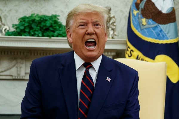 वाइट हाउस ट्रम्प : अमेरिका के पूर्व राष्ट्रपति डोनाल्ड ट्रंप वाइट हाउस छोड़ने के बाद पहली बार सार्वजनिक तौर पर मौजूदगी दर्ज करवाते हुए......